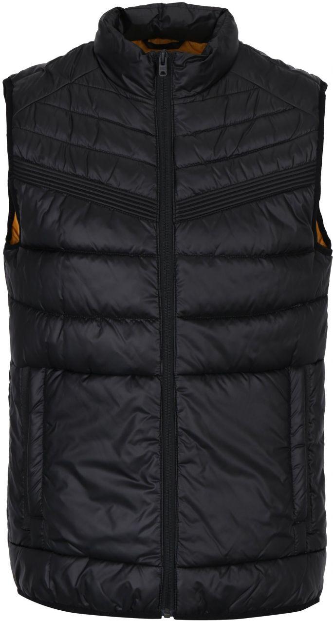 Čierna prešívaná vesta s vreckami Jack   Jones Gavin značky Jack   Jones -  Lovely.sk dfc9d748385