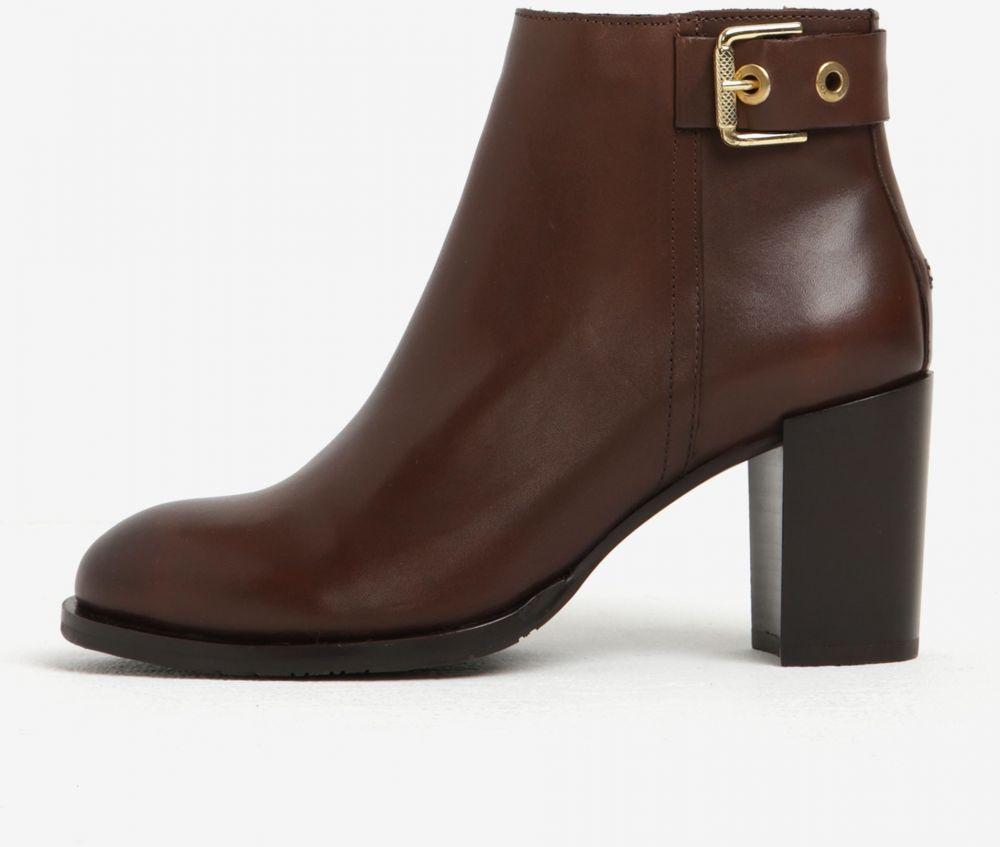 0f9906039e Hnedé dámske kožené členkové topánky na podpätku Tommy Hilfiger Penelope  značky Tommy Hilfiger - Lovely.sk