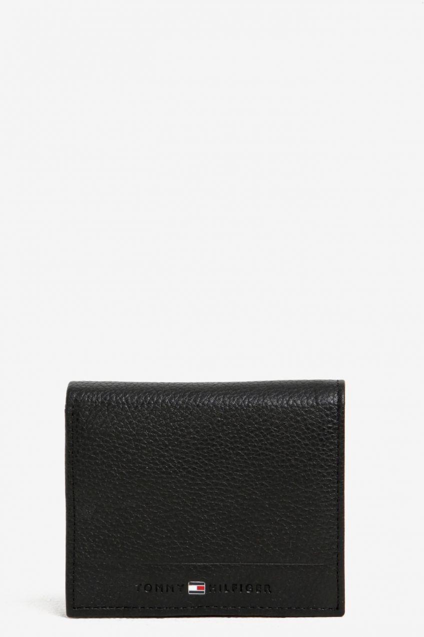 čierna pánska kožená peňaženka Tommy Hilfiger core značky Tommy Hilfiger -  Lovely.sk d223bace627