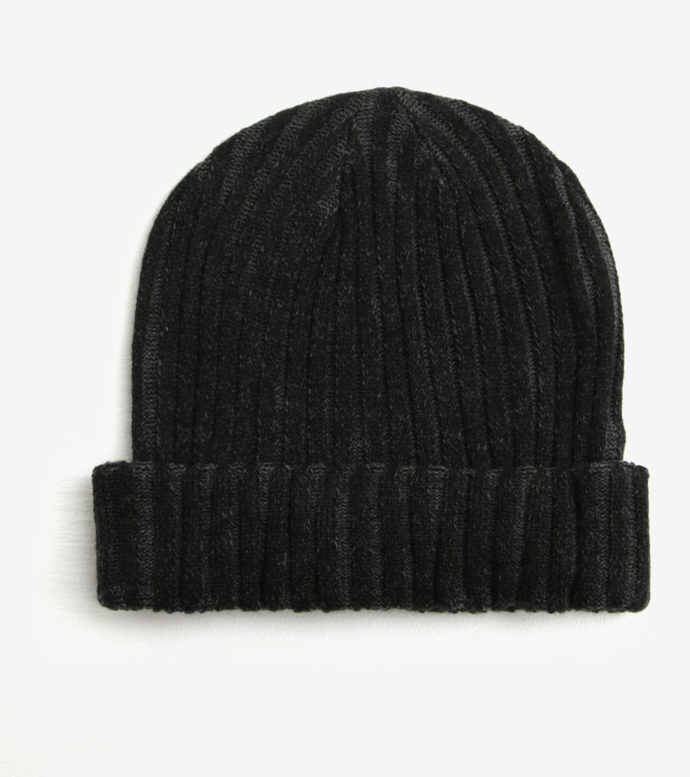 b80cf8d1e Sivo-čierna dámska rebrovaná čapica s.Oliver značky s.Oliver - Lovely.sk