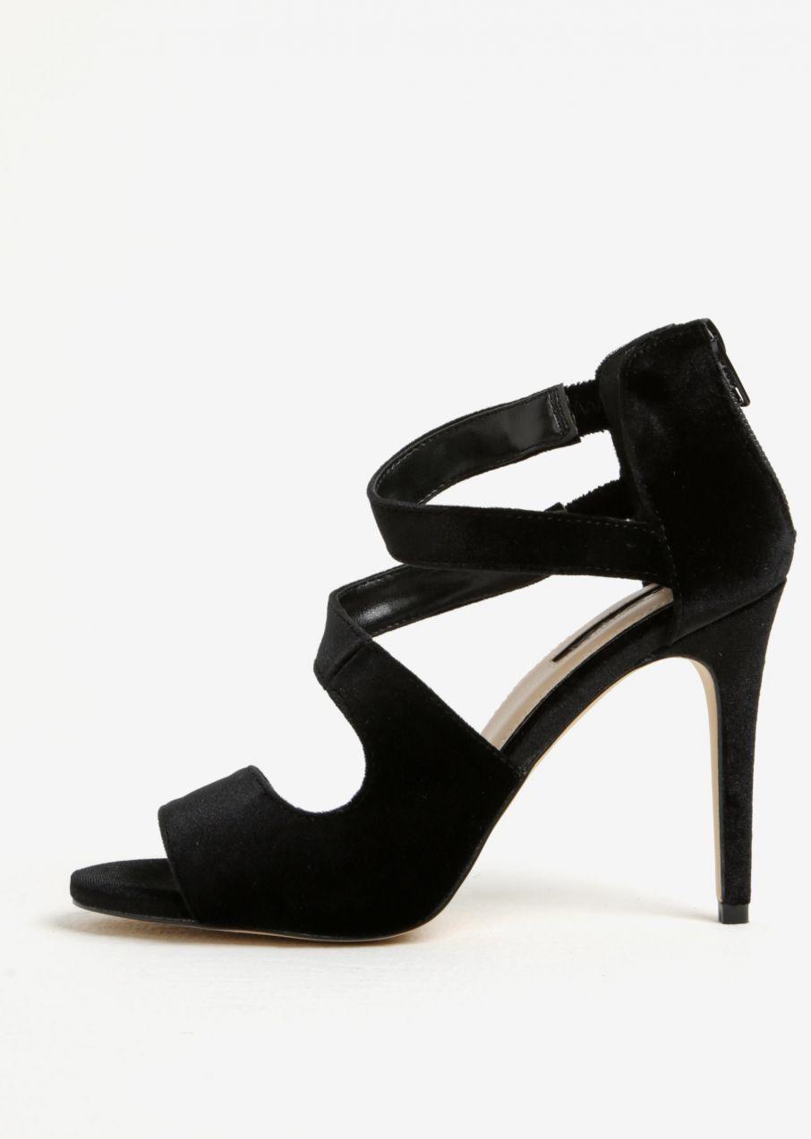 Čierne zamatové sandálky na ihlovom podpätku Miss Selfridge Clara značky  Miss Selfridge - Lovely.sk f38d6bb46c5