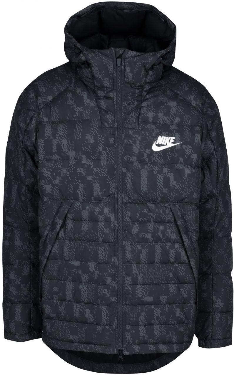 Čierna pánska vzorovaná zimná páperová prešívaná bunda Nike značky Nike -  Lovely.sk 6d12eed5c09