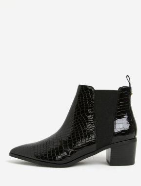 47b5ba312e19 Čierne lesklé chelsea topánky na podpätku Miss KG Sharpe