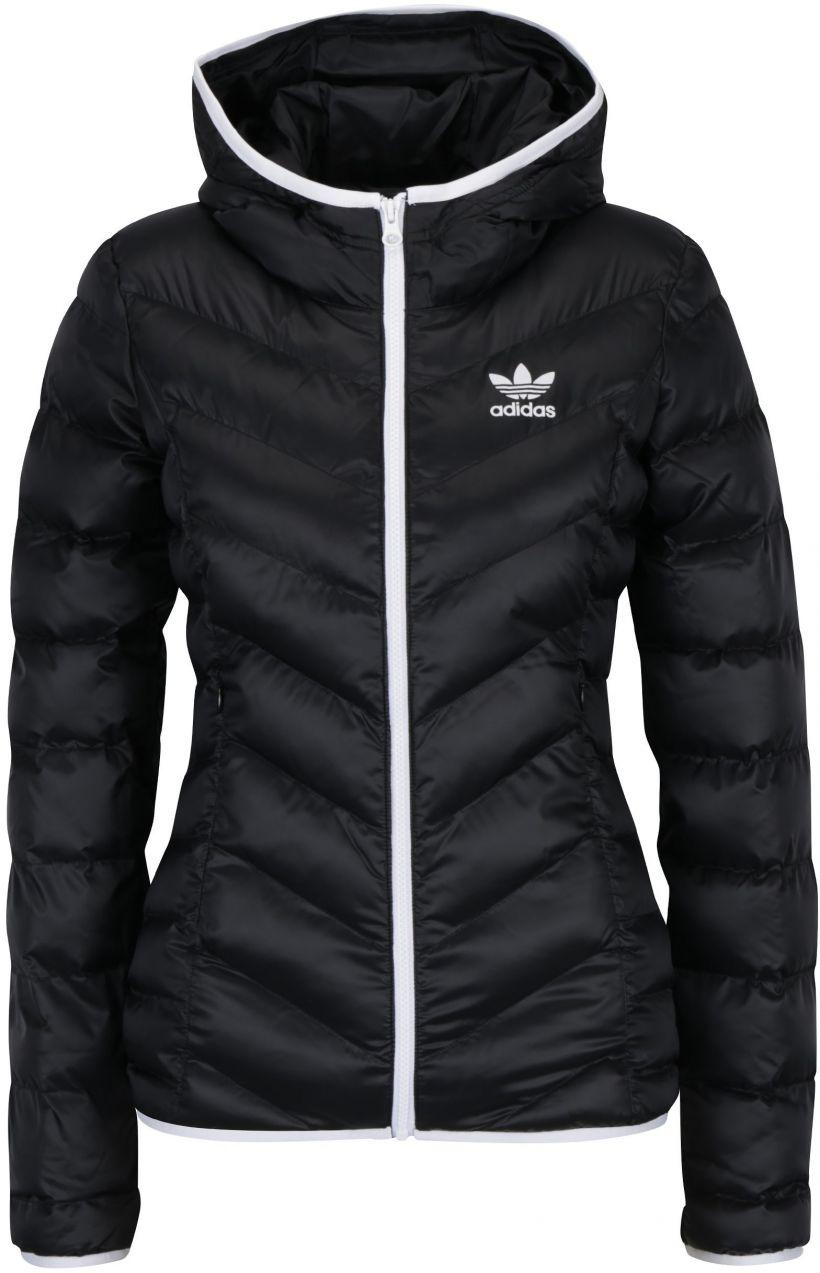 Čierna dámska prešívaná bunda s kapucňou adidas Originals Slim značky adidas  Originals - Lovely.sk e0b17f451c8