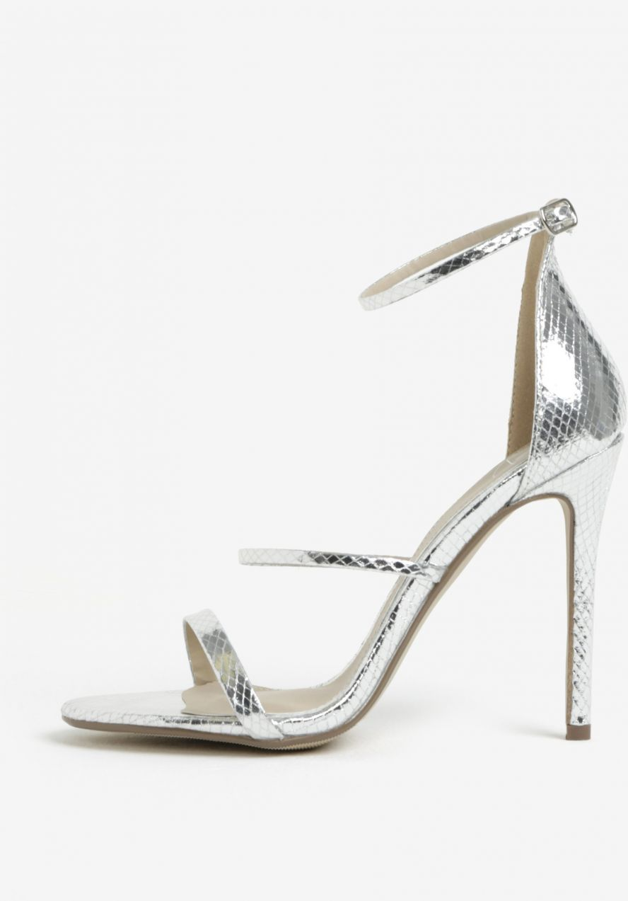 44d270cdb2e7 Sandále na vysokom podpätku v striebornej farbe MISSGUIDED značky  Missguided - Lovely.sk