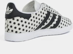 Sivé dámske bodkované kožené tenisky adidas Originals Gazelle značky ... 9b5d2f2b7a1