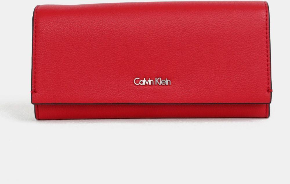 34cdc7727e8e Červená dámska peňaženka Calvin Klein Jeans značky Calvin Klein Jeans -  Lovely.sk