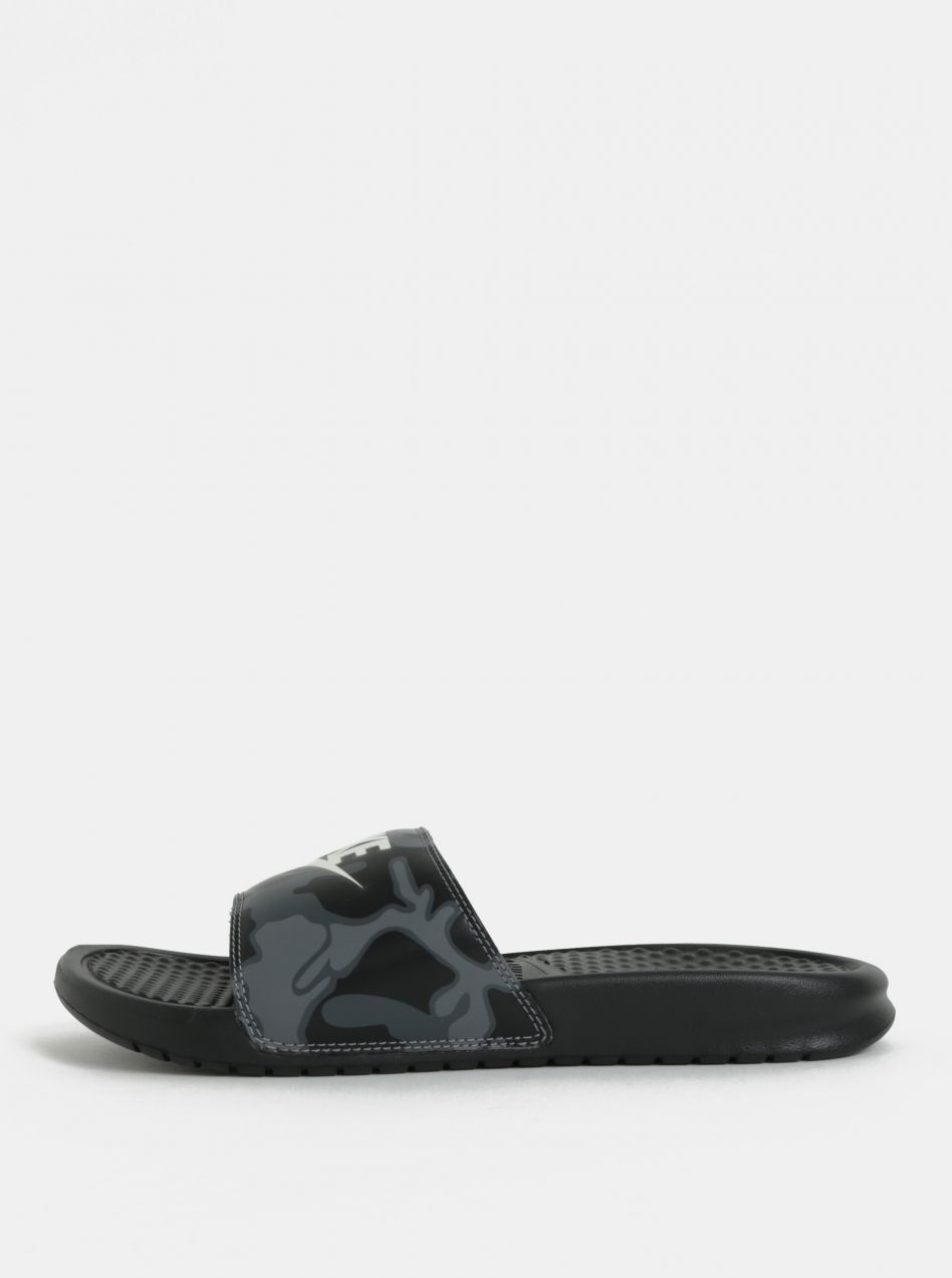 Čierne pánske šľapky Nike Benassi JDI Print značky Nike - Lovely.sk 10df2d32823