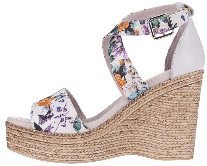 a93e54f122b14 Krémové kožené kvetované topánky na platforme OJJU značky OJJU ...
