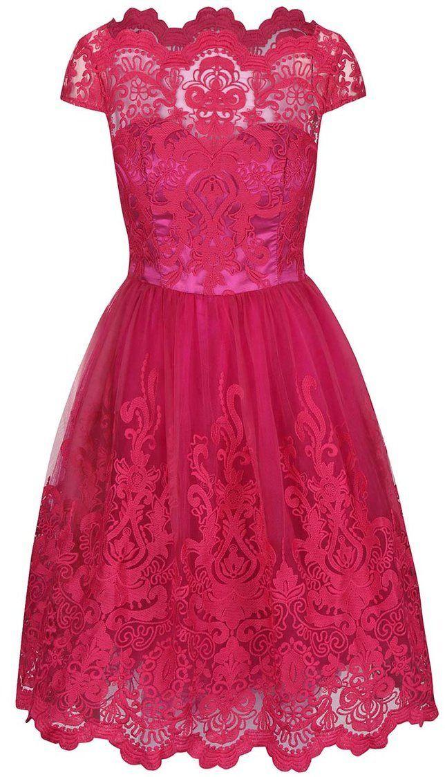 44fd21e8db00 Ružové čipkované šaty Chi Chi London Suki značky Chi Chi London - Lovely.sk