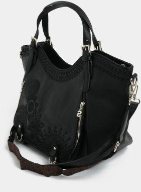 Čierna koženková prešívaná kabelka Desigual Amber značky Desigual ... 42c30dc4449