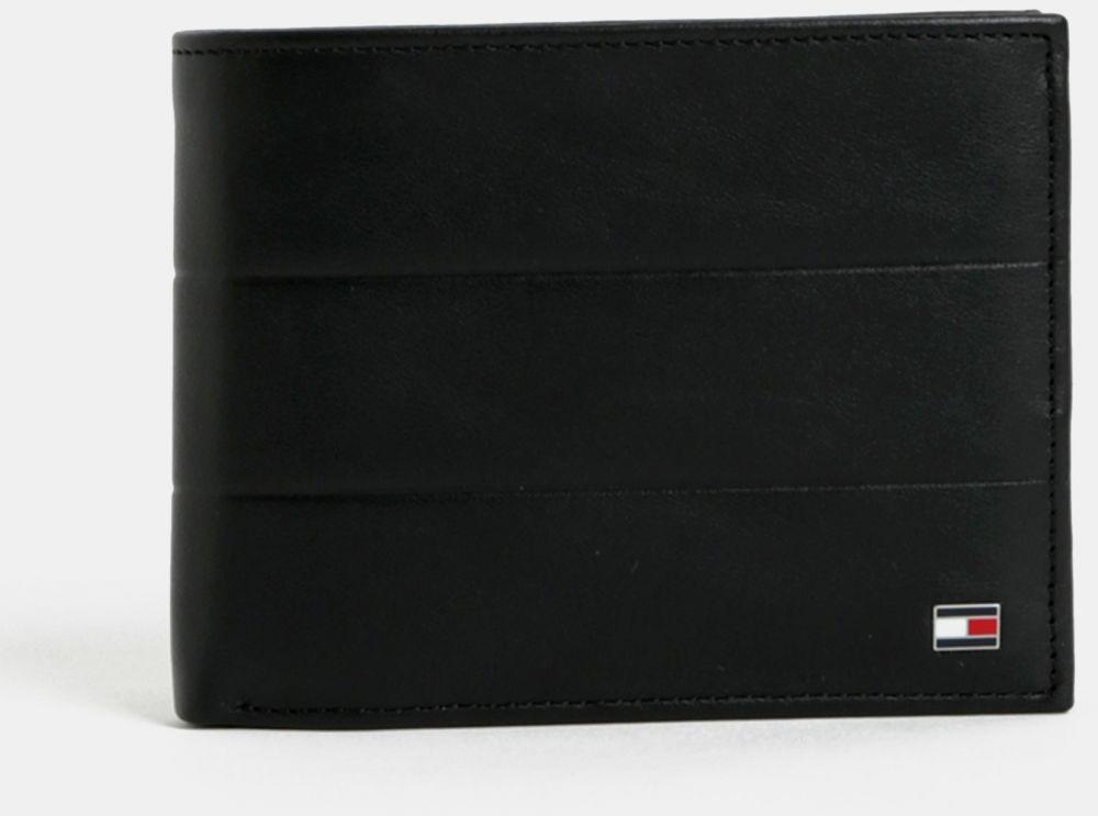 52b79db00b Čierna pánska kožená peňaženka Tommy Hilfiger značky Tommy Hilfiger -  Lovely.sk