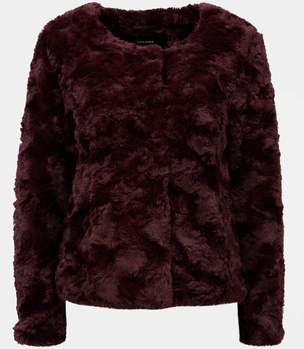 Vínový krátky kabát z umelej kožušiny VERO MODA Curl značky Vero ... 5772aecc65e