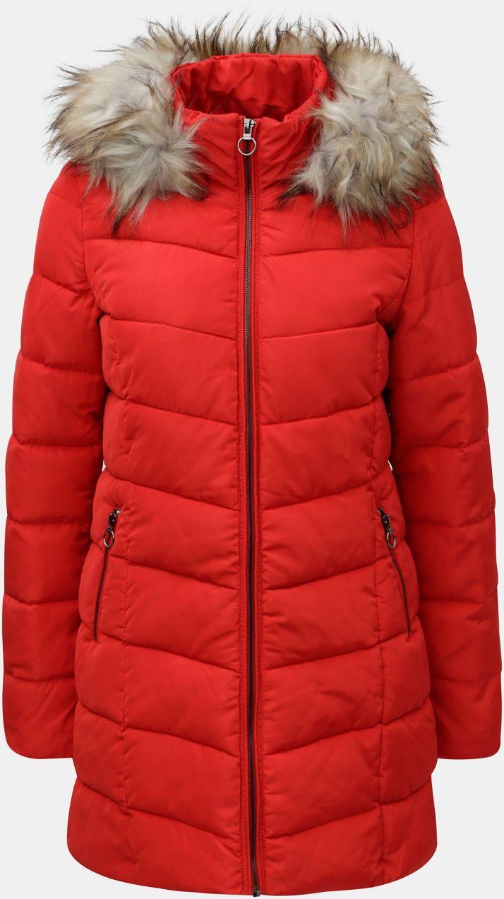 Červený prešívaný kabát s umelou kožušinkou ONLY značky ONLY - Lovely.sk 529278001e3