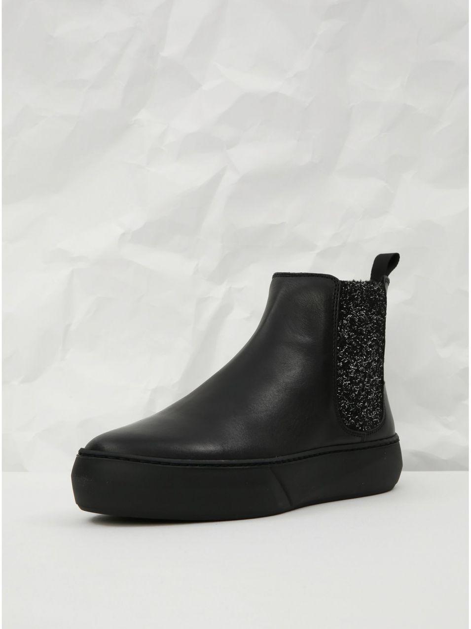 e22c2e22ef Čierne kožené chelsea topánky na platforme s trblietavým detailom Frau  Ferrer