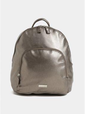 Strieborný koženkový batoh s metalickými odleskami a predným vreckom ZOOT 2ca93170fc6