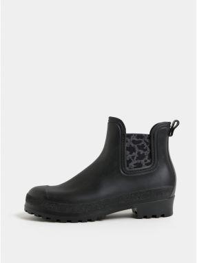 6b7575b3ebf0 Čierne semišové chelsea topánky na vysokom podpätku OJJU značky OJJU ...