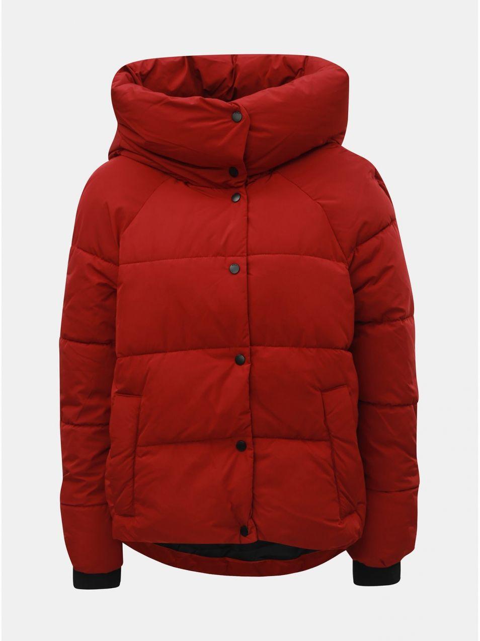 Červená zimná prešívaná bunda ONLY Mari značky ONLY - Lovely.sk bb49ac2f128