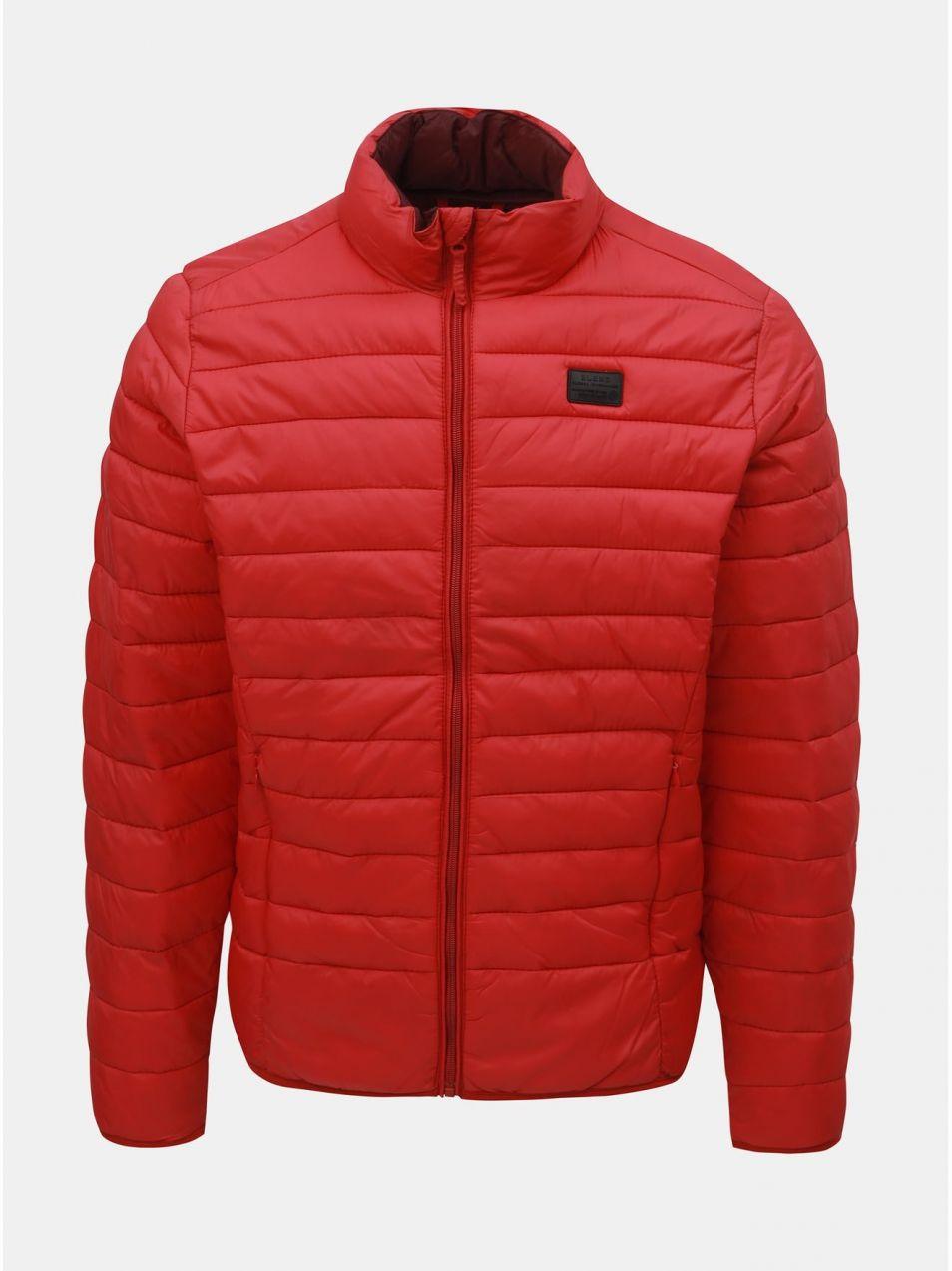 Červená prešívaná bunda Blend značky Blend - Lovely.sk a8b4b3b2a2e