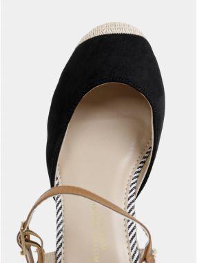 9243d3eaaee2 Čierne sandále na plnom podpätku Dorothy Perkins značky Dorothy ...