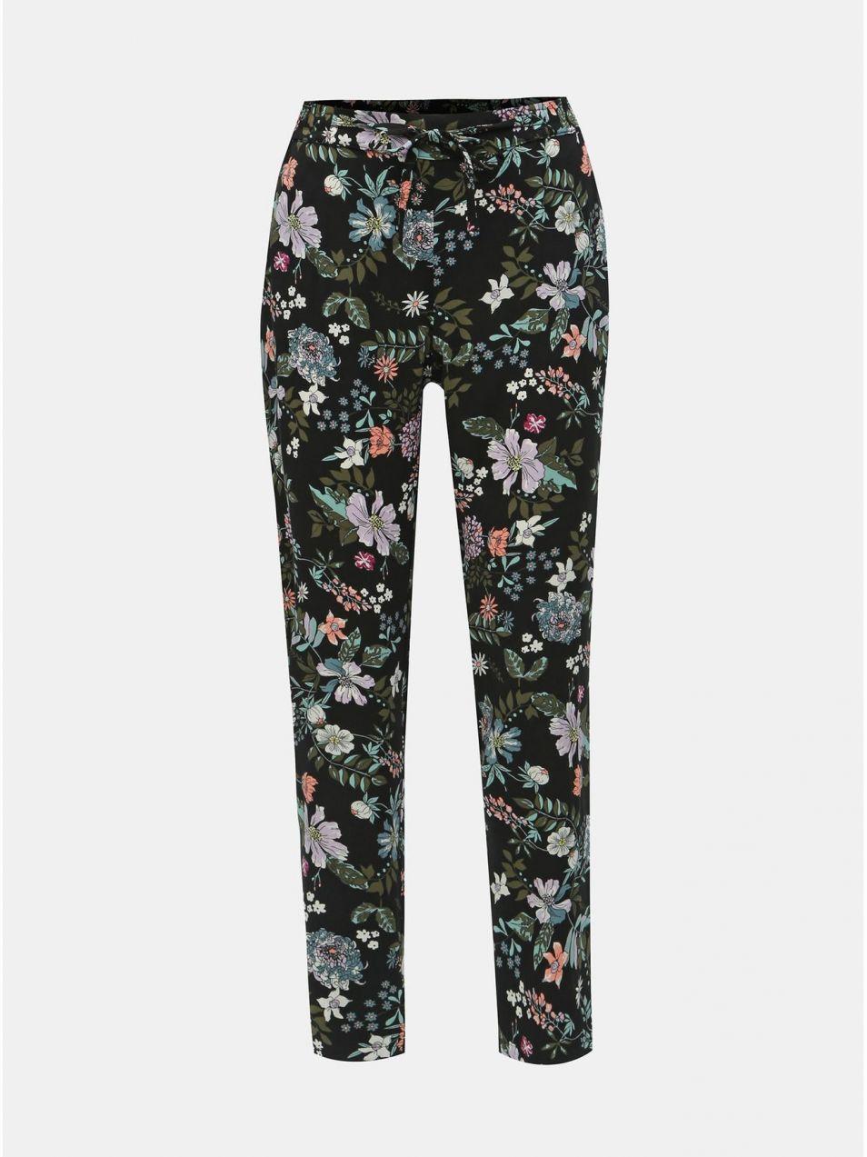 5437c5d33732 Čierne kvetované nohavice VERO MODA Simply Easy značky Vero Moda ...