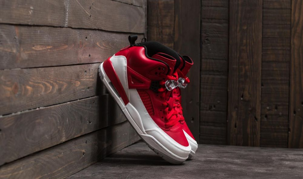 Jordan Spizike Gym Red/ Black-White-Wolf Grey EUR 44.5