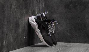 Nike Air Huarache Run Ultra Black/ White-Wolf Grey EUR 42