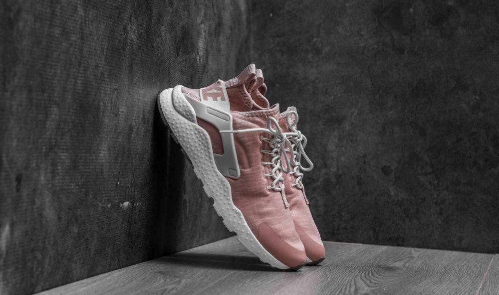 Nike W Air Huarache Run Ultra Particle Pink  Light Bone EUR 36 značky Nike  - Lovely.sk d81e9ce9a0