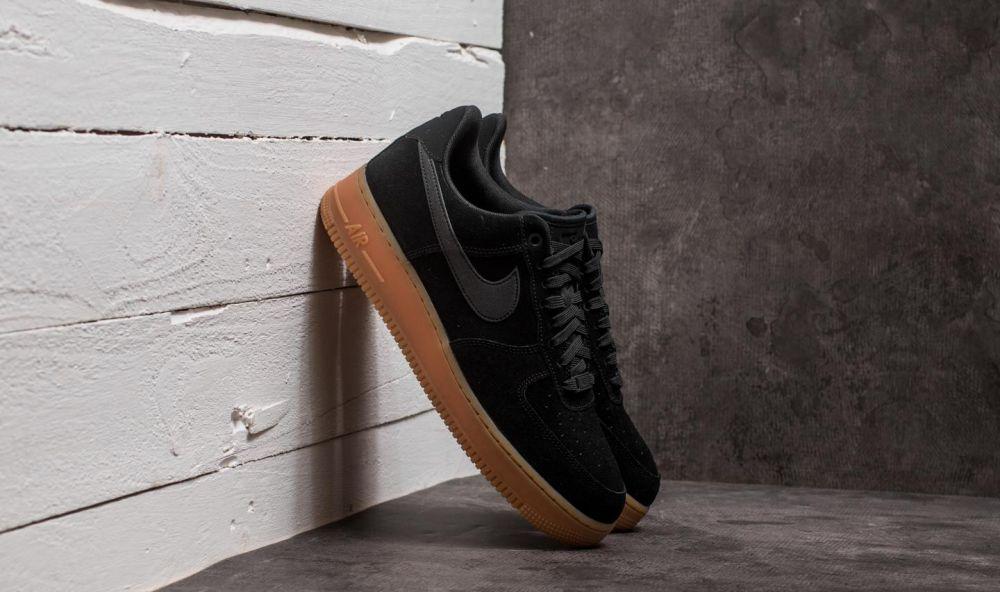 Nike Air Force 1  07 LV8 Suede Black  Black-Gum Medium Brown EUR 42 značky  Nike - Lovely.sk a75fdfcfaf