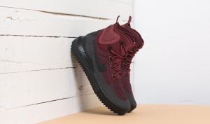 Nike Air Wild Mid Dark Team Red/ Black-Port Wine EUR 41