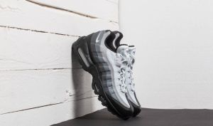 Nike Air Max 95 Essential Black/ White-Dark Grey EUR 40.5