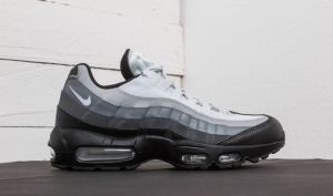 Nike Air Max 95 Essential Black/ White-Dark Grey EUR 41 galéria