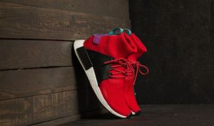adidas NMD_XR1 Winter Scarlet/ Core Black/ Shock Purple EUR 41 1/3