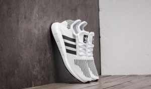 adidas Swift Run Ftw White/ Core Black/ Medium Grey Heather EUR 44