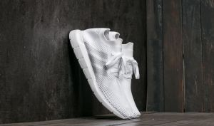 adidas Swift Run Primeknit FTW White/ Grey One/ FTW White US 7.5