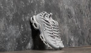 Nike Air Max Plus Wolf Grey/ White/ Black EUR 40.5