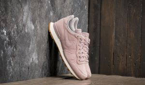 Nike W Internationalist SE Particle Rose/ Particle Rose EUR 38