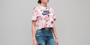 Nike Sportswear All Over Print Floral Top Barely Rose S