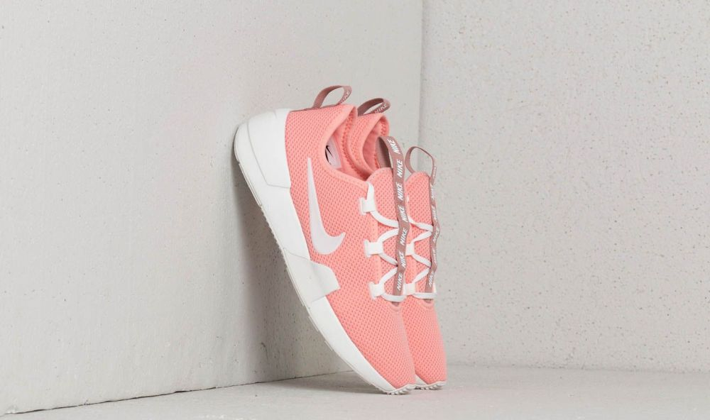 Nike W Ashin Modern Bleached Coral  Summit White EUR 36.5 značky Nike -  Lovely.sk d7de1811a0