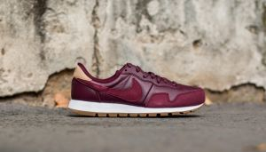 Nike Air Pegasus 83 Premium Night Maroon/ Night Maroon-Black-Vachetta Tan EUR 46