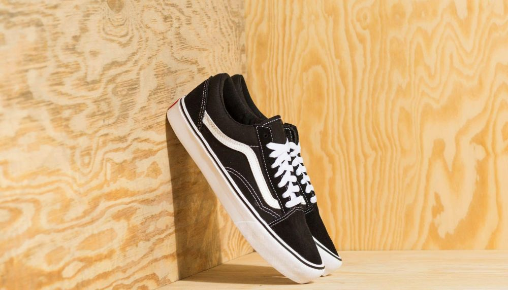 Vans Old Skool Lite (Suede  Canvas) Black  White značky Vans - Lovely.sk abc720bea00