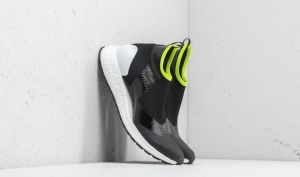 adidas x Stella McCartney Ultraboost X All Terrain Core Black/ Ftw White/ Solar Slime