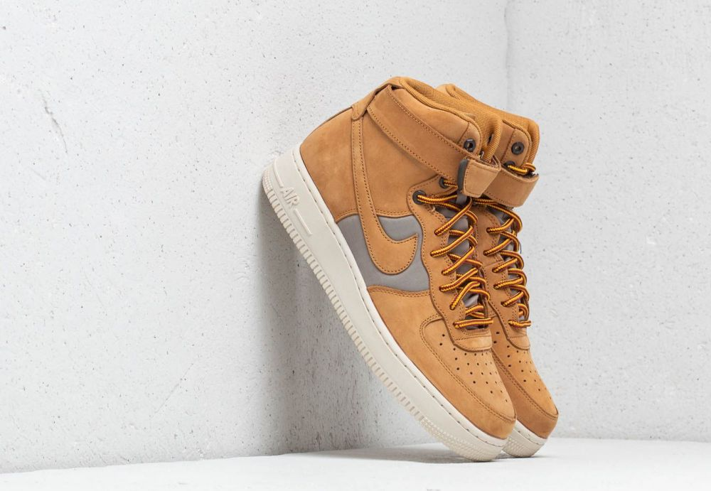 Nike Air Force 1 High  07 Premium Wheat  Khaki-Light Bone značky ... 5de41af4e02