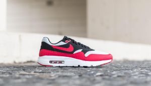 Nike Air Max 1 Ultra Essential Pure Platinum/ Gym Red-Black EUR 45.5