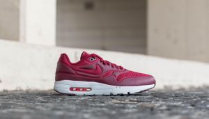 Nike Air Max 1 Ultra SE Team Red/ Team Red-Night Maroon EUR 46