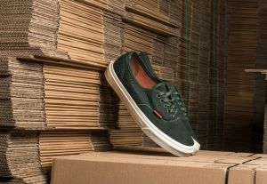 Vans Authnetic DX Premium Leather Dufflbag Green EUR 46