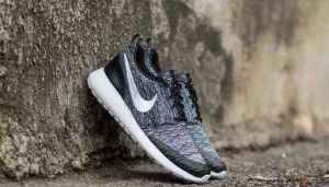 Nike Wmns Roshe One Flyknit Black/ White-Cool Grey EUR 40.5