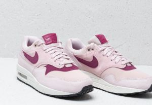 reputable site 29be7 8bd0a Nike Wmns Air Max 1 Prm Barely Rose  True Berry-Summit White galéria