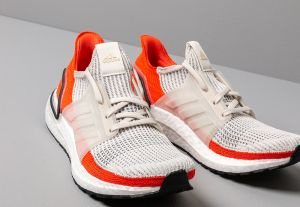 8bcdc93b5bb adidas UltraBOOST 19 Raw White  Ftw White  Active Orange značky ...