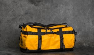 The North Face Base Camp Small Duffel Summit Gold/ Tnf Black